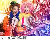 Купить «Family couple preparing for fest», фото № 27462281, снято 11 апреля 2017 г. (c) Яков Филимонов / Фотобанк Лори