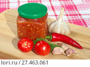 Купить «Соус аджика из свежих овощей», фото № 27463061, снято 25 сентября 2017 г. (c) Елена Коромыслова / Фотобанк Лори