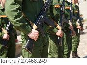 Купить «Creation of soldiers of the Russian army with weapon», фото № 27468249, снято 28 мая 2017 г. (c) Владимир Арсентьев / Фотобанк Лори