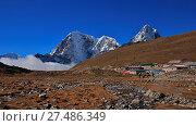 Купить «Hotels in Lobuche and high mountains», фото № 27486349, снято 4 июля 2020 г. (c) age Fotostock / Фотобанк Лори