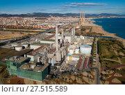 Купить «Industry power plant at Sand Adria de Besos», фото № 27515589, снято 2 января 2018 г. (c) Яков Филимонов / Фотобанк Лори