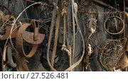 Купить «Many old rusty items on the wall», видеоролик № 27526481, снято 14 декабря 2017 г. (c) Илья Шаматура / Фотобанк Лори