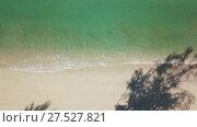 Купить «Aerial of beauty deserted beach and sea waves», видеоролик № 27527821, снято 19 января 2018 г. (c) Михаил Коханчиков / Фотобанк Лори