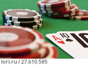 Купить «blackjack. cards and chips», фото № 27610585, снято 23 апреля 2018 г. (c) PantherMedia / Фотобанк Лори