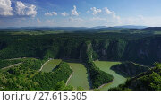 Купить «Meanders at rocky river Uvac in Serbia timelapse», видеоролик № 27615505, снято 3 декабря 2017 г. (c) Михаил Коханчиков / Фотобанк Лори