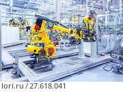 Купить «robots in a car plant», фото № 27618041, снято 21 августа 2018 г. (c) PantherMedia / Фотобанк Лори