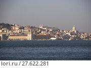 Купить «Blick auf die Skyline von Lissabon und den Tejo Fluss, Portugal », фото № 27622281, снято 20 января 2019 г. (c) PantherMedia / Фотобанк Лори