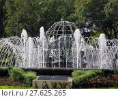 Купить «water city town square journey», фото № 27625265, снято 18 июня 2019 г. (c) PantherMedia / Фотобанк Лори