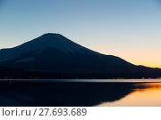 Купить «Mt. Fuji and Lake Yamanaka at evening», фото № 27693689, снято 23 июля 2019 г. (c) PantherMedia / Фотобанк Лори
