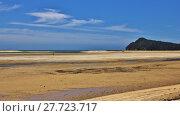 Купить «Low tide in the Awaroa Bay», фото № 27723717, снято 20 июня 2019 г. (c) PantherMedia / Фотобанк Лори