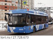 Купить «Электробусы с динамической зарядкой на маршруте №23 в Санкт-Петербурге», фото № 27728673, снято 12 февраля 2018 г. (c) Stockphoto / Фотобанк Лори