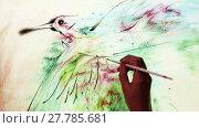 Купить «Water painting of a flying bird. Ebru art», видеоролик № 27785681, снято 2 сентября 2015 г. (c) Алексей Кузнецов / Фотобанк Лори