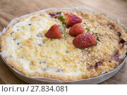 Купить «homemade jam tart crumble», фото № 27834081, снято 22 мая 2018 г. (c) PantherMedia / Фотобанк Лори