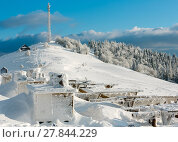 Winter mountain landscape with rime frosting resting place. Стоковое фото, фотограф Юрий Брыкайло / Фотобанк Лори