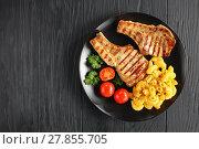 Купить «grilled pork chops on a bone», фото № 27855705, снято 6 февраля 2018 г. (c) Oksana Zh / Фотобанк Лори