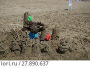 Купить «sand castle,moose,stuffed animal,toys,beach,sand,castle,bathing beach», фото № 27890637, снято 26 мая 2018 г. (c) PantherMedia / Фотобанк Лори