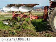 Купить «meadow is plowed into arable», фото № 27898313, снято 23 марта 2019 г. (c) PantherMedia / Фотобанк Лори