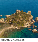 Купить «Sicily: Aerial view of Isola Bella's island», фото № 27906385, снято 19 января 2019 г. (c) PantherMedia / Фотобанк Лори