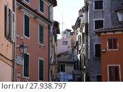 Купить «rovinj,city,old town,middle ages,houses,alley,coast,shore», фото № 27938797, снято 20 августа 2019 г. (c) PantherMedia / Фотобанк Лори
