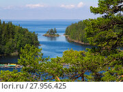Купить «the view of the lake ladoga. karelia,russia.», фото № 27956425, снято 14 октября 2018 г. (c) PantherMedia / Фотобанк Лори