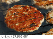 Купить «Chicken or turkey burger for hamburger on grill», фото № 27965681, снято 17 июля 2019 г. (c) PantherMedia / Фотобанк Лори