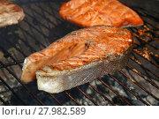 Купить «Salmon fish steak barbecue grill cooking close up», фото № 27982589, снято 17 июля 2019 г. (c) PantherMedia / Фотобанк Лори