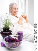 Купить «biological renewal,a woman relaxes in a beauty salon», фото № 27997189, снято 23 апреля 2019 г. (c) PantherMedia / Фотобанк Лори
