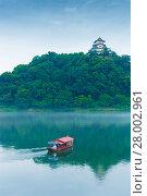 Купить «Inuyama Castle River Tourist Boat Telephoto», фото № 28002961, снято 19 июля 2018 г. (c) PantherMedia / Фотобанк Лори
