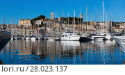 Купить «Harbour and old city at the French Riviera, Cannes», фото № 28023137, снято 3 декабря 2017 г. (c) Яков Филимонов / Фотобанк Лори