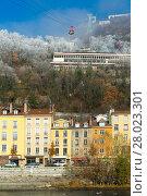 Купить «Aerial view of Grenoble with French Alps and cable car», фото № 28023301, снято 7 декабря 2017 г. (c) Яков Филимонов / Фотобанк Лори