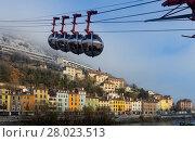 Купить «View of French Alps and Grenoble cable car in autumn», фото № 28023513, снято 7 декабря 2017 г. (c) Яков Филимонов / Фотобанк Лори