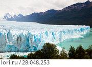 Купить «Glacier Perito Moreno and mountains», фото № 28048253, снято 2 февраля 2017 г. (c) Яков Филимонов / Фотобанк Лори