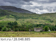 18th century Bernera Barracks near Glenelg, Ross and Cromarty in the West Highlands of Scotland, UK, June 2017. Стоковое фото, фотограф Philippe Clement / Nature Picture Library / Фотобанк Лори