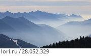 Купить «Foggy mountains in winter, Dolomite Alps in Madonna di Campiglio (Five Lakes place). Italy», видеоролик № 28052329, снято 16 января 2017 г. (c) Алексей Кузнецов / Фотобанк Лори