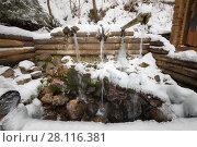 Купить «Wooden old-style fountain in Russian Orthodox Monastery at winter», фото № 28116381, снято 15 ноября 2016 г. (c) Losevsky Pavel / Фотобанк Лори