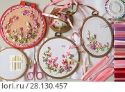 Купить «Needlework. Embroidery with satin ribbons of floral compositions in a pink gamma», фото № 28130457, снято 27 февраля 2018 г. (c) Виктория Катьянова / Фотобанк Лори