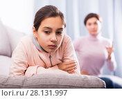 Купить «Mother reprimands her daughter», фото № 28131997, снято 26 марта 2019 г. (c) Яков Филимонов / Фотобанк Лори