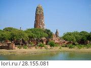 Руины древнего буддистского храма Wat Phra Ram солнечным днем. Аюттхая, Таиланд (2017 год). Стоковое фото, фотограф Виктор Карасев / Фотобанк Лори