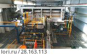 Industrial Factory. Various mechanisms and metal pipes. Стоковое видео, видеограф Виктор Аллин / Фотобанк Лори