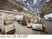 Купить «woodworking factory workshop», фото № 28193497, снято 10 ноября 2017 г. (c) Syda Productions / Фотобанк Лори
