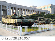Купить «SEOUL - NOV 4, 2015: Tank in military museum. Tanks drove through downtown Seoul at time largest military parade in South Korea», фото № 28210957, снято 4 ноября 2015 г. (c) Losevsky Pavel / Фотобанк Лори