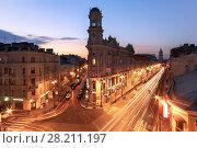 Купить «ST. PETERSBURG, RUSSIA - JUNE  22, 2015: Famous road crossing called Five Corners. One of symbols of city is Apartment house with turret», фото № 28211197, снято 22 июня 2015 г. (c) Losevsky Pavel / Фотобанк Лори