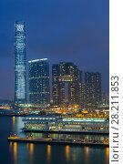 Купить «International Commerce Centre, Arch and coast in Hong Kong, China at night, view from Starhouse», фото № 28211853, снято 5 сентября 2015 г. (c) Losevsky Pavel / Фотобанк Лори