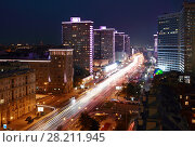Купить «Night beautiful Highway New Arbat in Moscow, Russia, long exposure», фото № 28211945, снято 26 августа 2015 г. (c) Losevsky Pavel / Фотобанк Лори