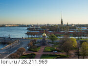 Купить «Trinity Square, Peter and Paul Fortress, Neva river in St. Petersburg, Russia», фото № 28211969, снято 6 мая 2015 г. (c) Losevsky Pavel / Фотобанк Лори