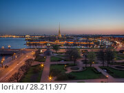 Trinity Square, Peter and Paul Fortress, Neva river at night in St. Petersburg, Russia (2016 год). Стоковое фото, фотограф Losevsky Pavel / Фотобанк Лори