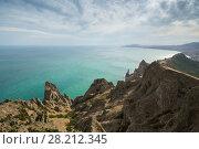 Beautiful rocks near sea waterside, skyline and blue water at summer day. Стоковое фото, фотограф Losevsky Pavel / Фотобанк Лори