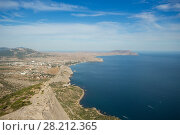 Beautiful sea, waterside, resort town and blue water at summer sunny day. Стоковое фото, фотограф Losevsky Pavel / Фотобанк Лори