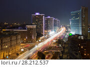 Beautiful Highway New Arbat at summer night in Moscow, long exposure (2015 год). Стоковое фото, фотограф Losevsky Pavel / Фотобанк Лори