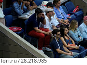 Купить «Celebrities and tennis professionals attend the 2016 Tennis U.S. Open - Day 12 Featuring: Jon Hamm, Jason Biggs, Justin Bartha, Lia Smith, Kate Upton Where...», фото № 28218985, снято 10 сентября 2016 г. (c) age Fotostock / Фотобанк Лори